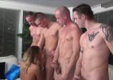 4 jongens neuken chelsey in alle gaatjes